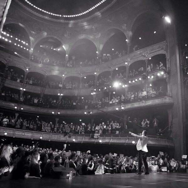 Hier soir le théâtre du Châtelet ressemblait à ça... #mpauchatelet #symphonicshow #10ansdecarrieresolo