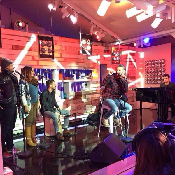 """Rdv sur France 5 à partir de 19:30 dans """"C à vous"""" pour un live de """"Le monde"""" #albumRED #lemonde #cavous"""