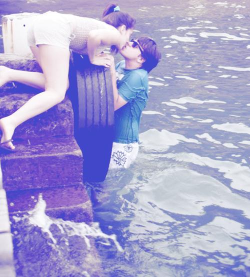 « Je crois que l'amour ne suffit plus. Est-ce possible que deux personnes s'aiment, et que ça ne suffise pas ? »