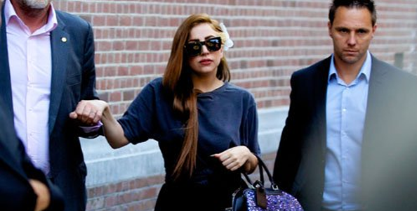 GAGA, Brune ou Blonde ?