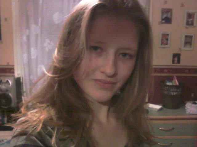 http://miss-emeliine-62200.skyrock.com/