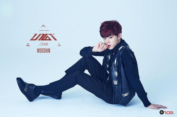 UP10TION - WooShin (mon préféré)