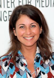 Interview d'Erica Messer (scénariste) par Joyce Eng sur le 200e épisode