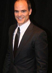 Michael Kelly nommé à la 67ième édition des Emmy Awards