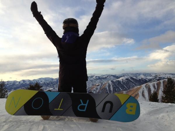 27/12/2011 Nina a twitter : Je suis au sommet du monde!!!