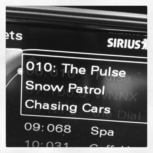 06/12/2012 Nina a twitter :  Audition cette chanson à la radio me ramène à Highschool, et me fait penser à Greys Anatomy