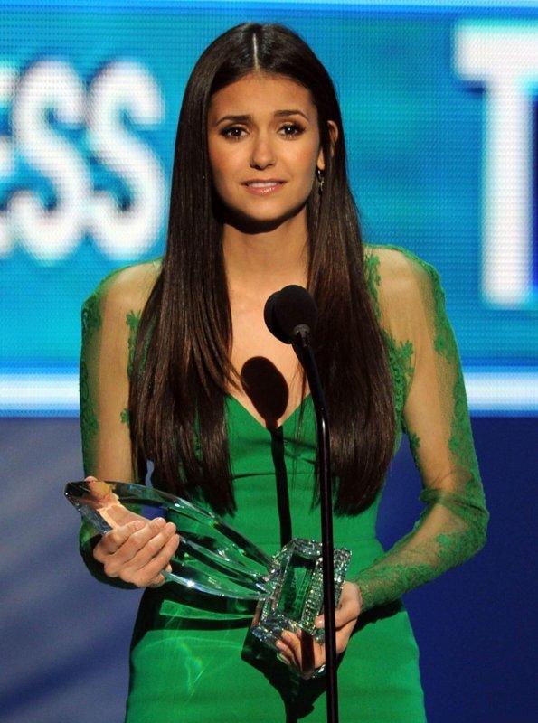 "11/01/2012 Nina au ""show"" & ""coulisse"""