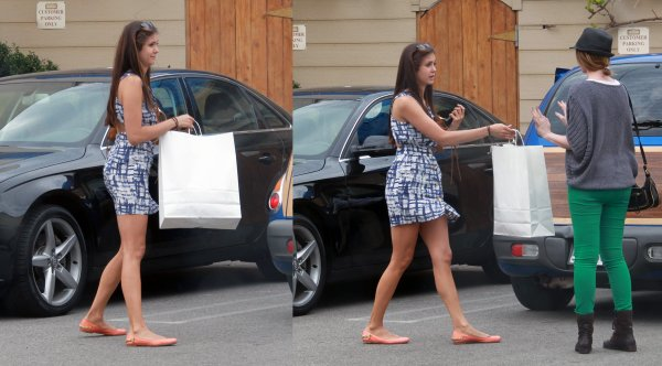 26/04/2012 Nina était en train de déjeuner &  faire du shopping à Fred Segal à West Hollywood, en Californie
