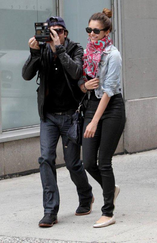 """08/05/2012 Nina & Ian sortaient de leur l'hôtel """"Trump Soho"""" a New York"""