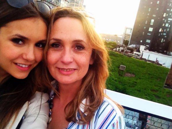 13/05/2012 Nina a twitter : Je n'ai jamais pu comprendre pourquoi les bébés pleuré quand je les tenais ...