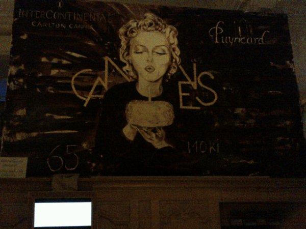 21/05/2012 Nina a twitter : vraiment?? c'est si beau, doit être délicieux, je veux le manger! @nicoleperna Cette peinture est fait avec du chocolat! *Cannes