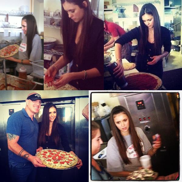 25/11/2012 Nina, sa maman & Ian sont aller à la pizzeria McClain qui appartient à la famille de Ian, pour faire quelques pizzas à Mandeville en Louisiane