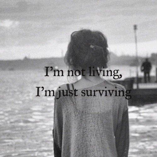 Je me croyais tellement plus forte que retomber c'est avéré insupportable..