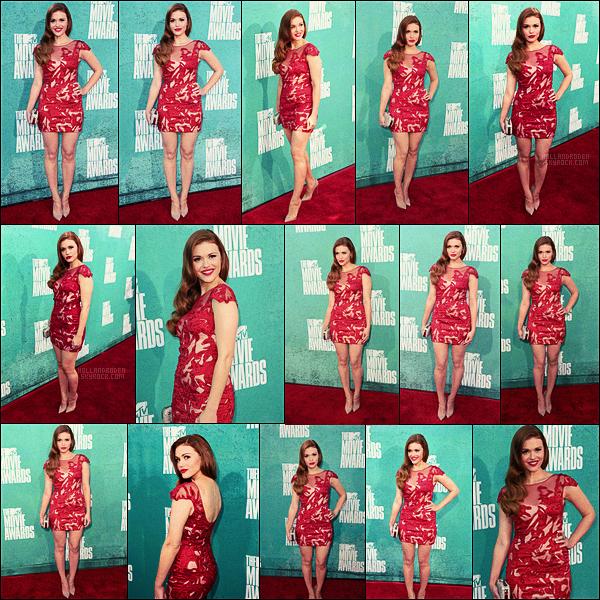 ● Le 03/06/12, Holland Roden était à la cérémonie des  MTV Movie Awards à Universal City, CA.