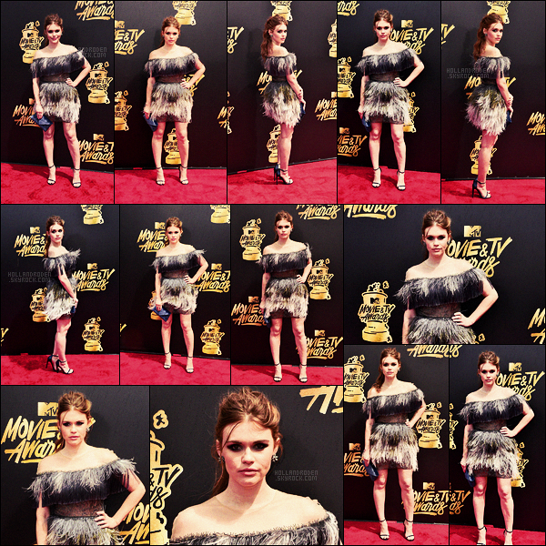 » 07/05/17 - Holland Roden était présente à la cérémonie des MTV movies & tv Awards à Los Angeles • Holland sort décidément pas mal pour une fois, c'est très bien. Elle était toute mignonne, un top pour la tenue, le make up et la coiffure !