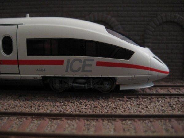 ICE 3 Minitrix