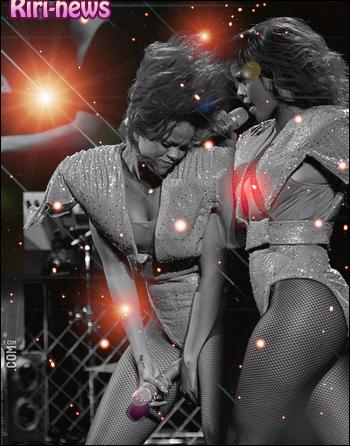 """.  25/08/2010Rihanna a été apercu se rendant a l'after party de son concert à Chicago.  la tournée de """"The last girl on earth"""" est terminé!!."""