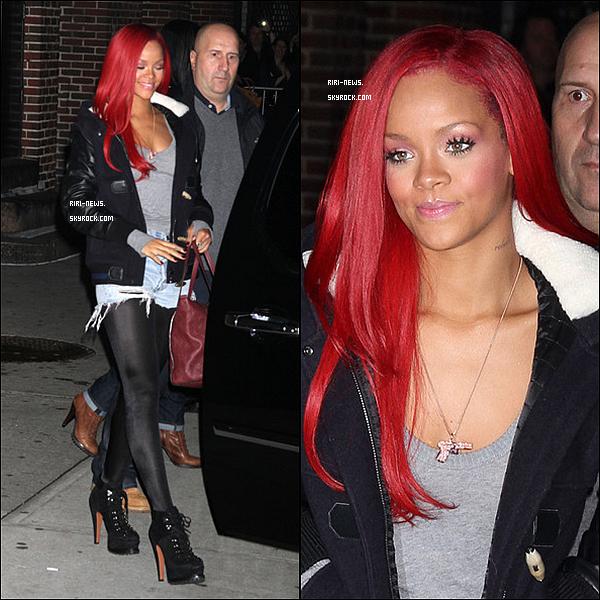 """. 16/11/10 Rihanna au BET's """"106 & Park"""" Elle est sublimeTop or Flop."""
