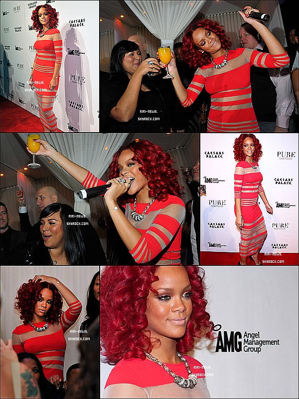 """. 31/12 Rihanna été au club """"PURE"""" a Las Vegas afin d'y feter la nouvelle année il y'avais aussi Jay-Z et Kanye West  ."""