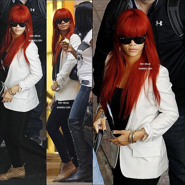 . 09/03 : Rihanna et Melissa quittant leur hôtel à Melbourne pour le prochain show de Rihanna.. Top Ou Flop ? .