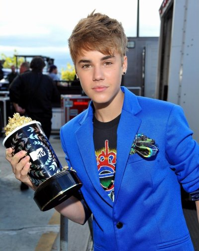 Justin Bieber at MTV Movie Award 2011