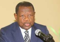 """RDC: Gouvernement martyrises son peuple. Je condamne fermement la violence comis par Mr. Lambert Mende Omalanga, """"coupé la connexion ce ne pas pour protèger les citoyens et leurs biens, mais, pour tué 11 manifestants""""."""