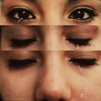 """"""" L'amour n'a pas besoin d'être parfait, il a juste besoin d'être vrai. """" [♥]"""