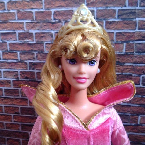 Aurora Favorite Fairytal