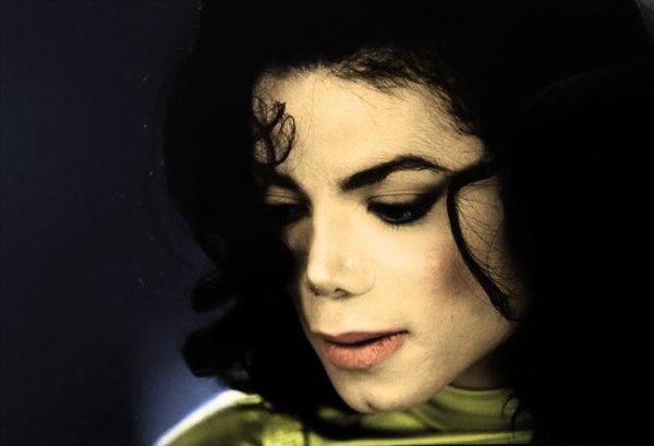 Michael Jackson : a polymath  Michael Jackson : un esprit universel Michael Jackson : un erudito