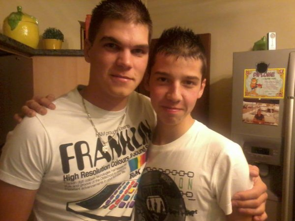 *Mon cousin et moi <3