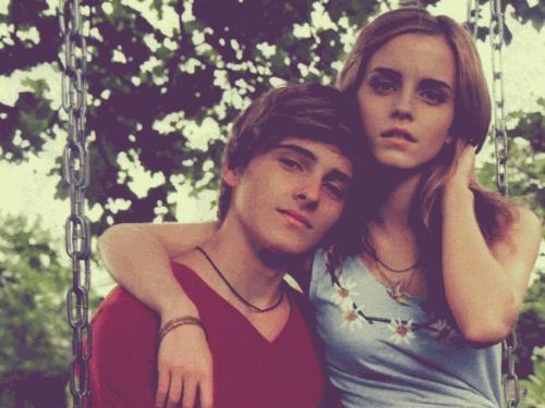 Emma et son frère Alex