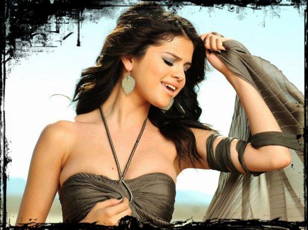 . Selena-GGomez ta source sur Selena Marie Gomez !