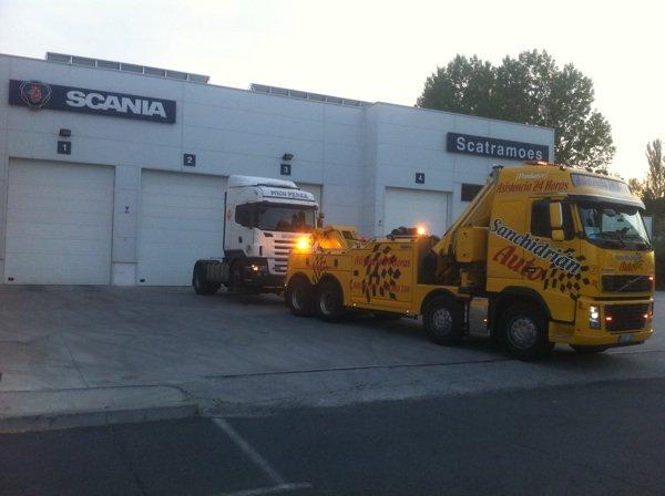 Asitencia de camiones 24 h