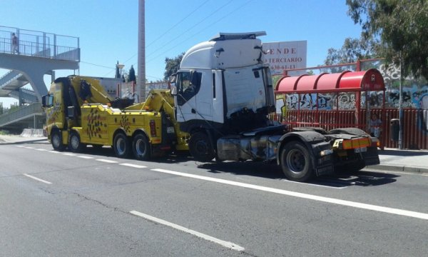 Grúas de camiones. Www gruassanchidrian.com