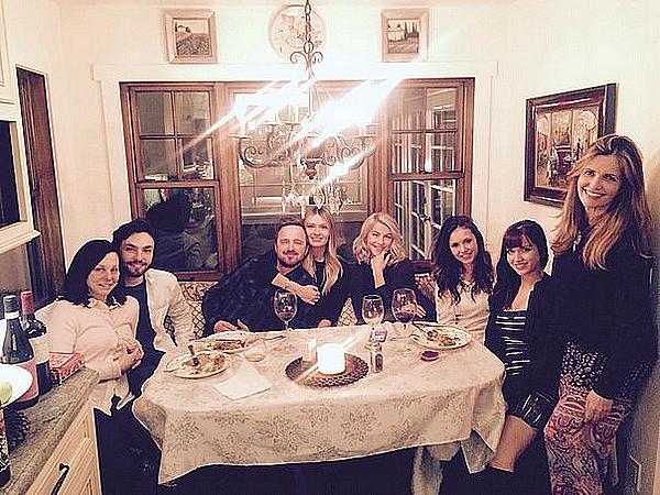 De retour à Los Angeles, Nina a retrouvé Lauren, Aaron et Julianne ce 25 décembre 2015.