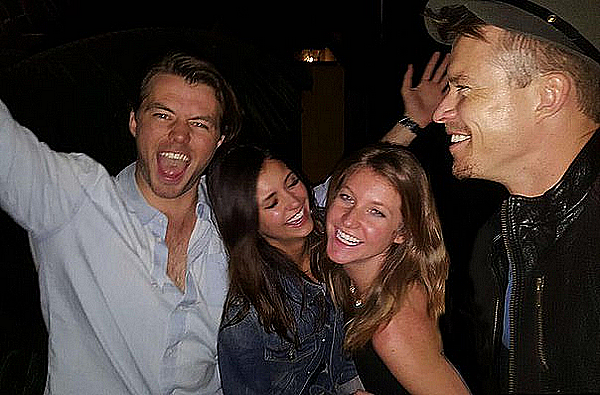 Nina a passé sa soirée avec Lane et des acteurs de la saison 7 de TVD ce 12 février 2016.