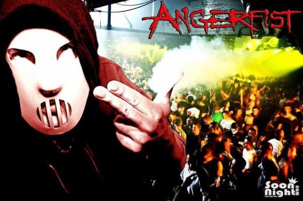 Angerfist Au Titan 10 Novembre Pile Mes 18Piges ^^