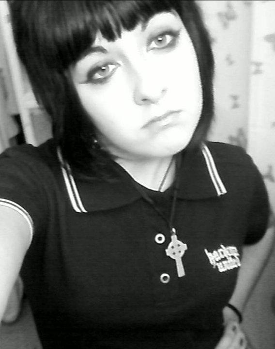 18 ans encore toute mes dents xD