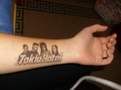 •Tatouages de fans•