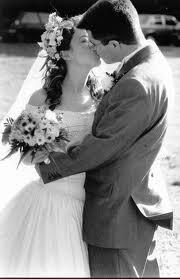 une femme amoureuse..un homme amoureux...un mariage qui les unis...et le plus beau jour de la vie