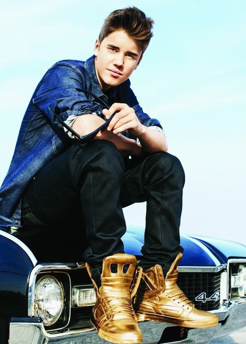 "Photo pour le clip "" Believe """