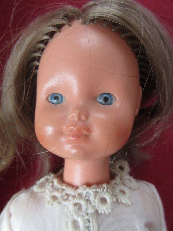 Coffret MAKO avec la poupée Flotti - Années 70