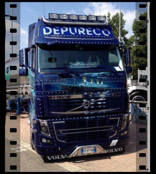 Vu également sur le net ce Volvo Italien à la touche Française ... MAGNIFIQUE  !