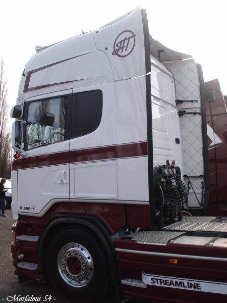 Quelques beaux camions réunis aujourd'hui à l'occasion de la journée portes ouvertes au lycée Gustave Eiffel ( 57 Talange )