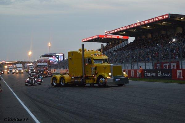 - Le Mans 2015 - Suite ( 5ème partie / Trucks Show by night )