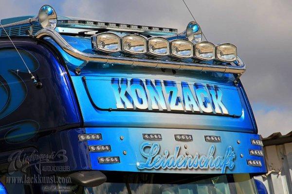 Le petit dernier des transports Konzack sorti récemment des ateliers Airbrusher Markus Niedergesa. J'adore ! Magnifique !!  ( photos du net )