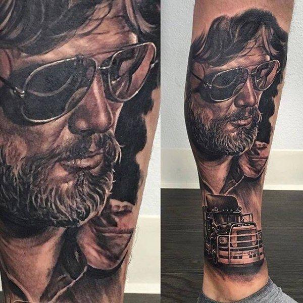 """Vu sur le net ce tatoo du """" DUCK """" ... vraiment SUBLIME !!!"""