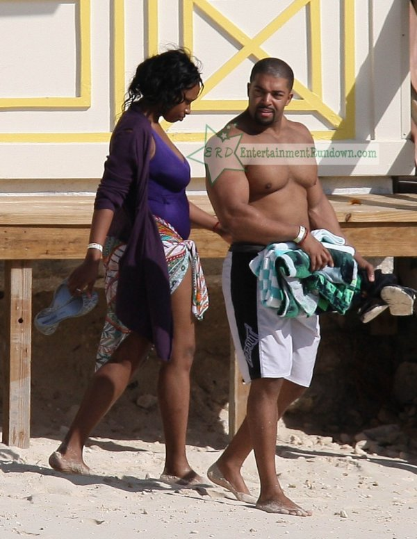 david otunga et sa femme jenifer hudson et leur fils^^