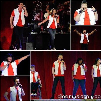 """Glee Live Tour à Las Vegas + Le Glee Project présente """"Firework""""."""