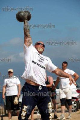 greg  jaux 30 ans   1 m 74 104 kg
